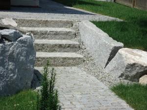 Treppe aus Granitkleinsein