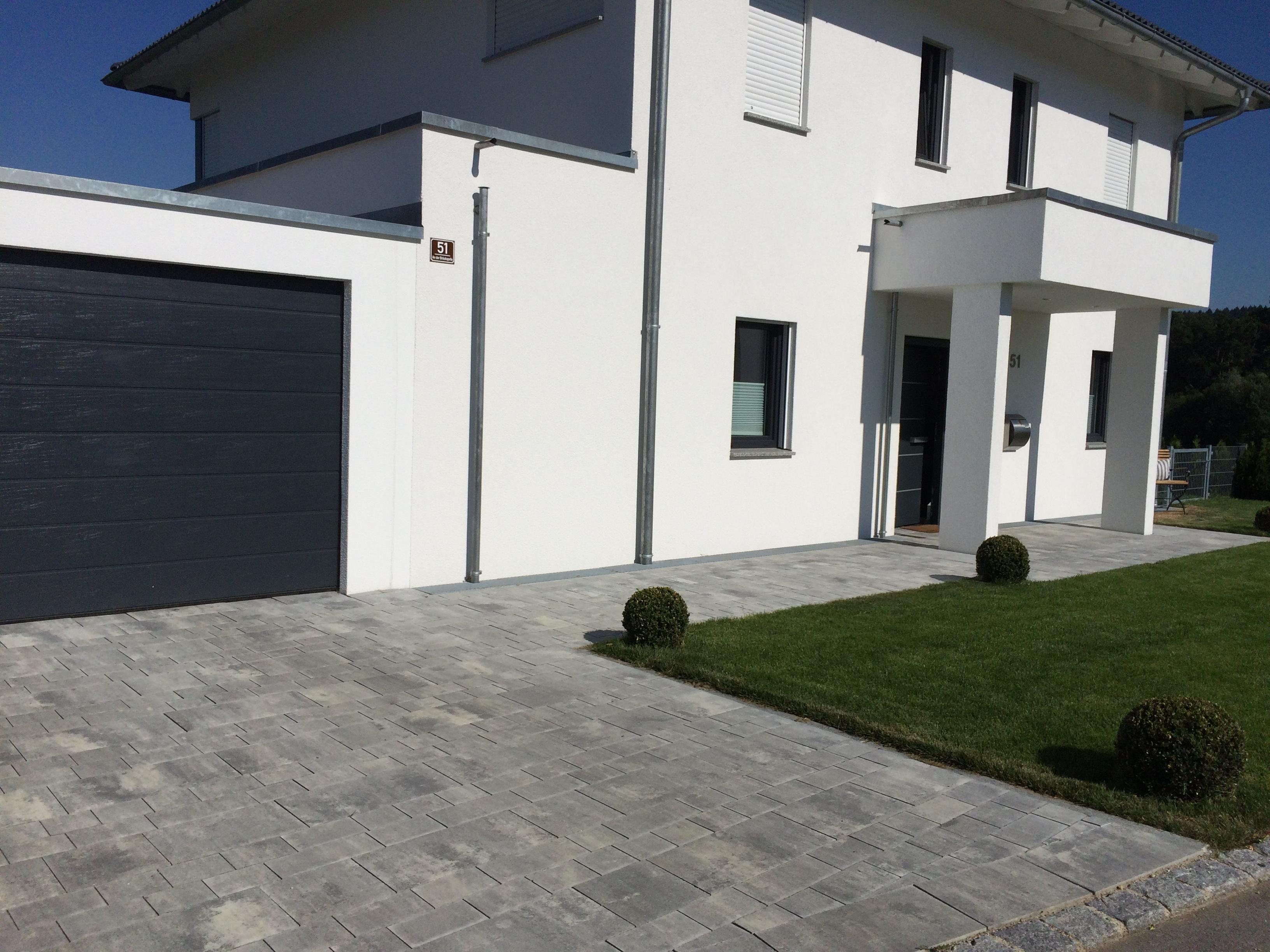 Moderne einfahrten einfamilienhaus  Einfahrt – Bruckmeier Garten- und Landschaftsbau