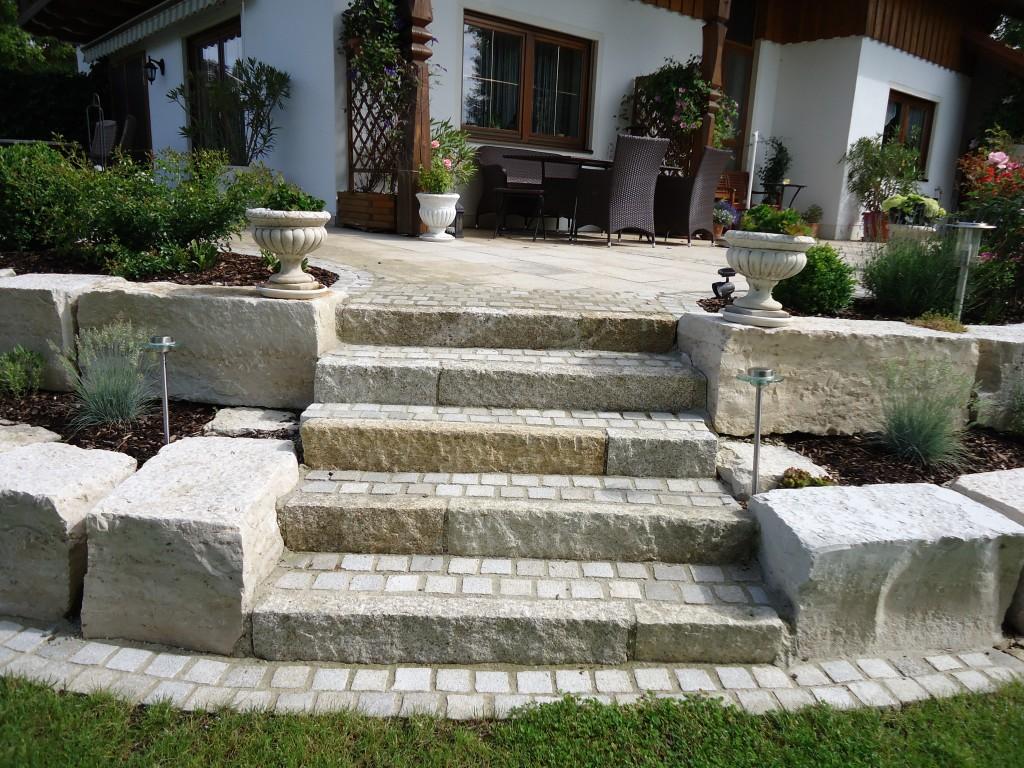 Treppen und Wege › Bruckmeier Garten  und Landschaftsbau
