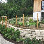 Natursteinmauer am Gemüsegarten